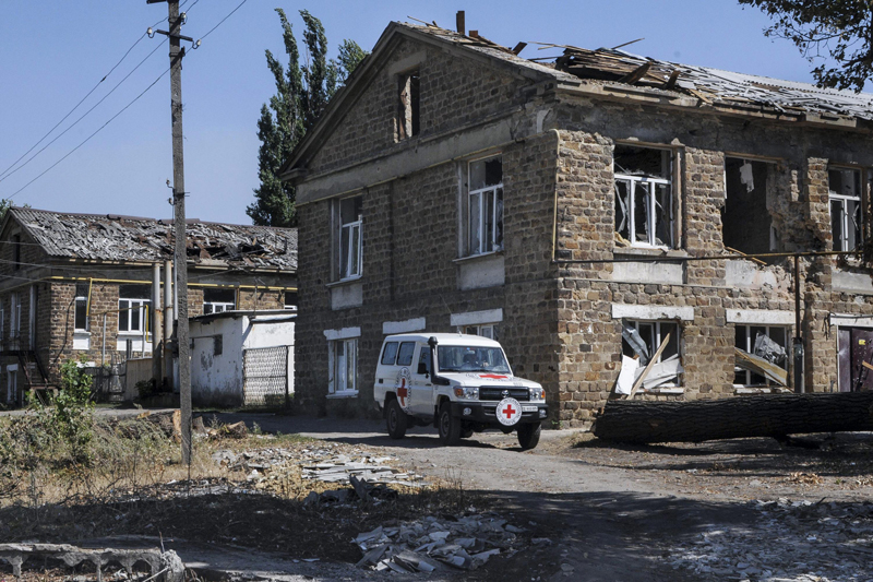 Severodonetsk, Ukraine, 15 August 2014.  A clinic destroyed in the fighting.  © ICRC / Teun Voeten.